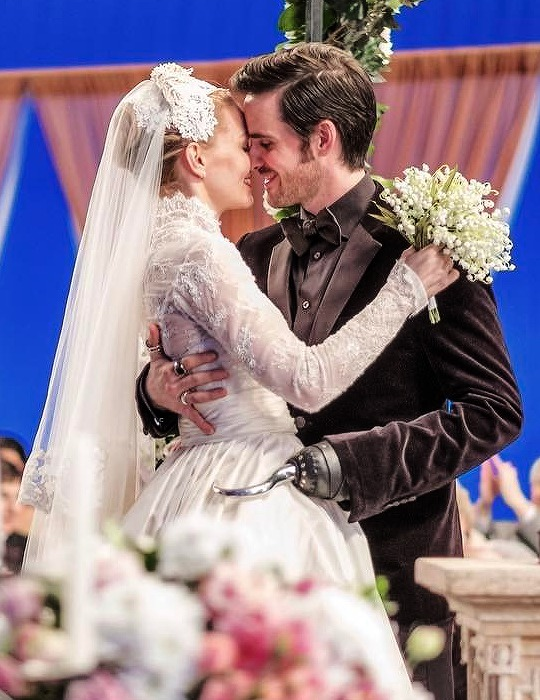 Happy 29 Month Anniversary, Captain Swan!