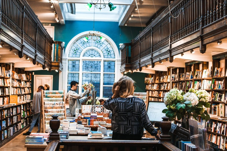 Romances That Love Bookstores